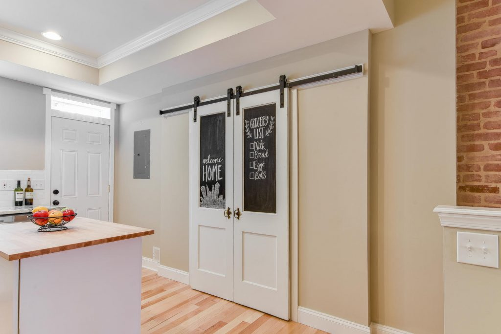 Reclaimed Barn Door Pantry Build Potomac Real Estate And Development